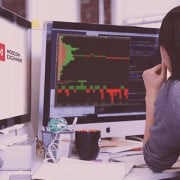 ADVANTAGES AND DISADVANTAGES OF TRADING ON THE MOSCOW EXCHANGE